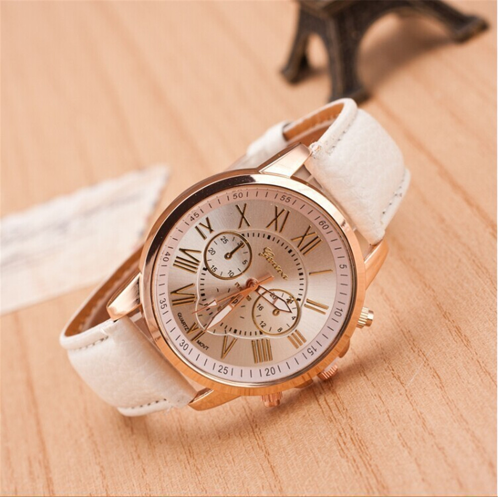 Women Bracelet Watch Korean Fashion Trend Geneva Ladies Fake Three-eye Casual Gold Men's Wrist Watches Couple Belt Table Quartz