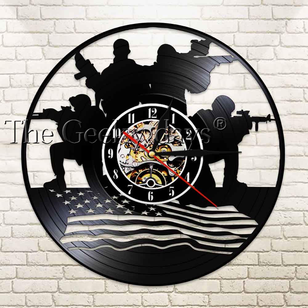 Soldiers With American Flag Silhouette Led Light Vinyl Record Wall Clock Patriotic Design Military Wall Art Veteran Soldier Gift