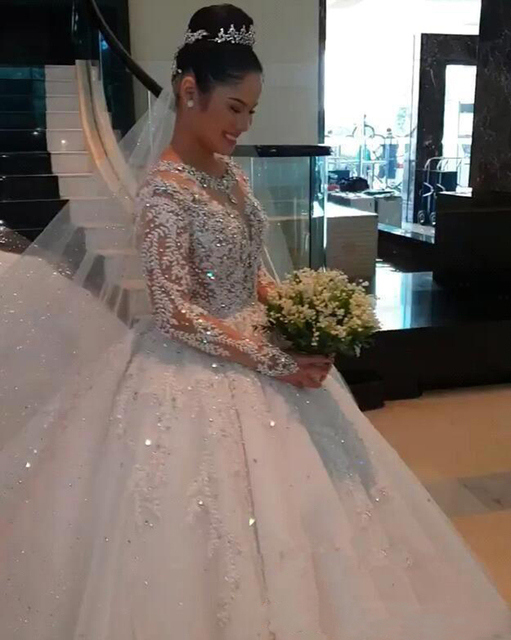 New Luxury Lace Ball Gown Wedding Dresses Long Sleeves Beaded Appliques Jewel Neck Court Train Wedding Bridal Gowns Custom Made 2