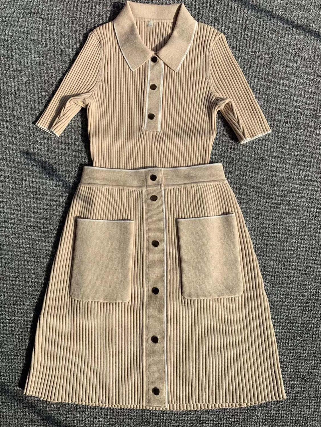 Early Spring Knitted Sweater Short-sleeved  Slim Dark Buckle Knit Top And Skirt Suit Spring Autumn Knitwear