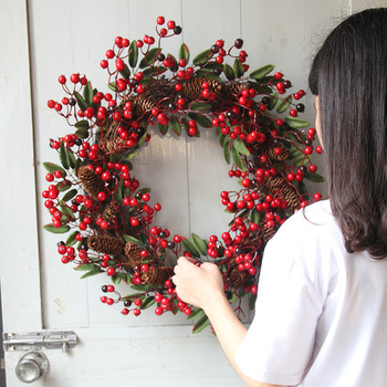 Round Berry Garland Christmas Decoration Door Tree Hanging Ornaments Wreath