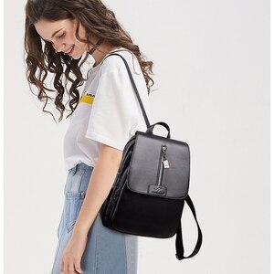 Image 4 - Frauen Leder Rucksäcke Hohe Qualität Sac A Dos Rucksäcke Für Mädchen Vintage Bagpack Solide Damen Reise Zurück Pack Schule Weibliche