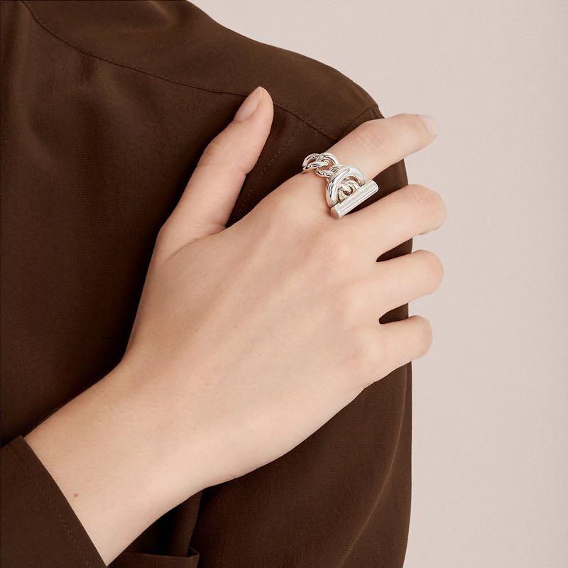 HUANZHI-New-2019-Fashion-Geometric-One-button-Chain-Hollow-Silver-Metal-Hip-hop-Ring-for-Women