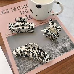 Milk Cow Color Geometric Large Hair Claws Women Girls Vintage Hollow Acrylic Hairpins Acetate Hair Clips Crab Hair Accessories