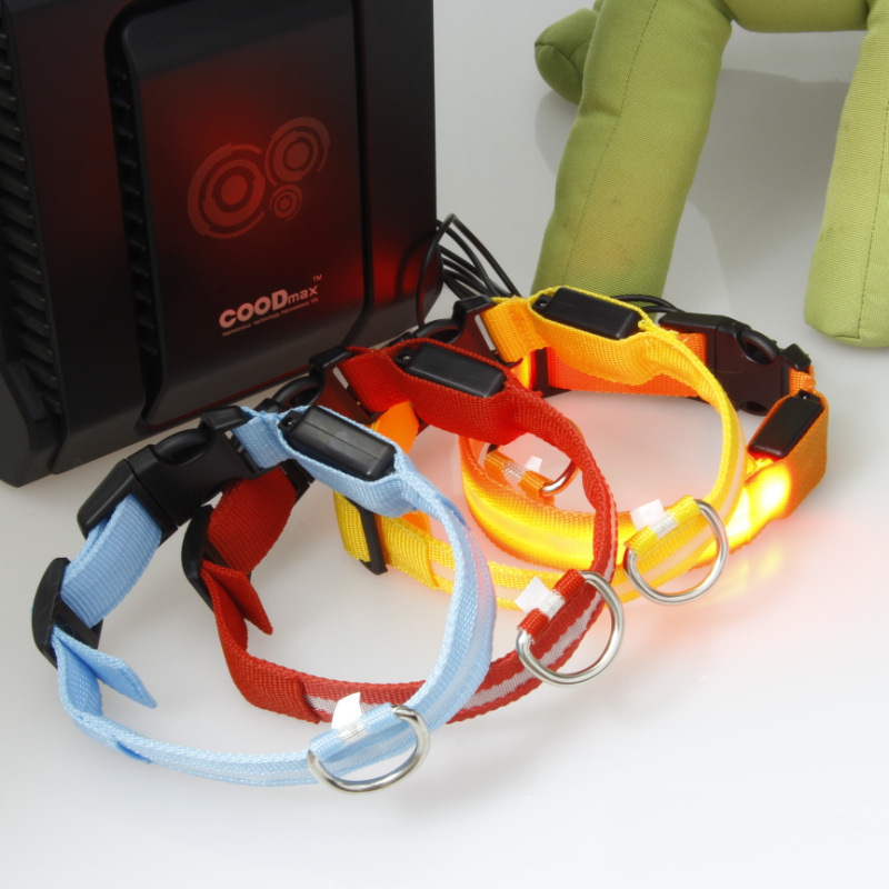 Wire Screen LED Shining Charging Pet Dog Collar Pet Bandana Dog Collar LED Dog Belt Send USB Cable