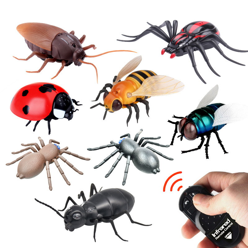 Cross Border Hot Sales Strange New Infrared Remote Control Insect Toy Trick Creative Electronic Sensing Model Pet Model