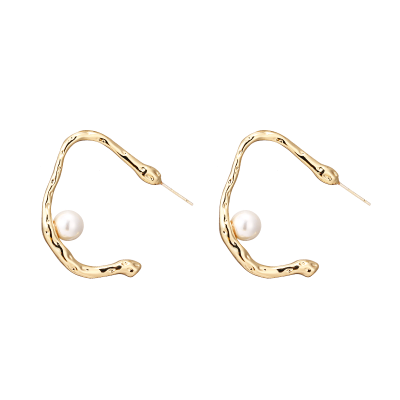 Mchic Trendy Korean Pearls Copper 14 K Plated Gold Stud Earrings C Shaped Gold Silver Charm Earrings for Female Party Jewelry in Stud Earrings from Jewelry Accessories
