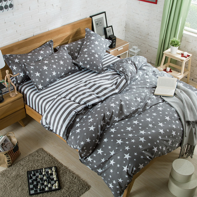 Classic Bedding Set Grey Stripes and Stars