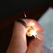 Пальчиковый мигалка волшебный трюк металлическая вспышка пламенная Зажигалка устройство(маленькая орудия) огонь Волшебная Опора Волшебники профессиональные аксессуары