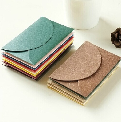 10pcs/lot Colored Kraft Paper Envelopes Simple Love Retro Envelope Small Paper Envelope Sobres Invitacion