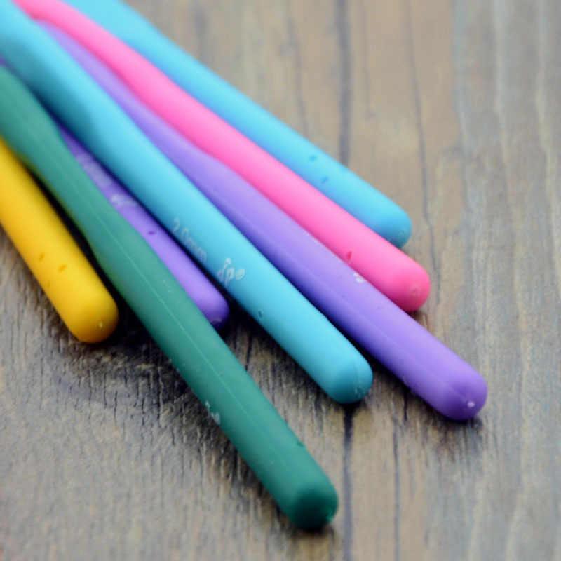 スモールソフトゴムレース編みフックハンドル針ハンドル織り糸縫製ツール卸売手縫製用品
