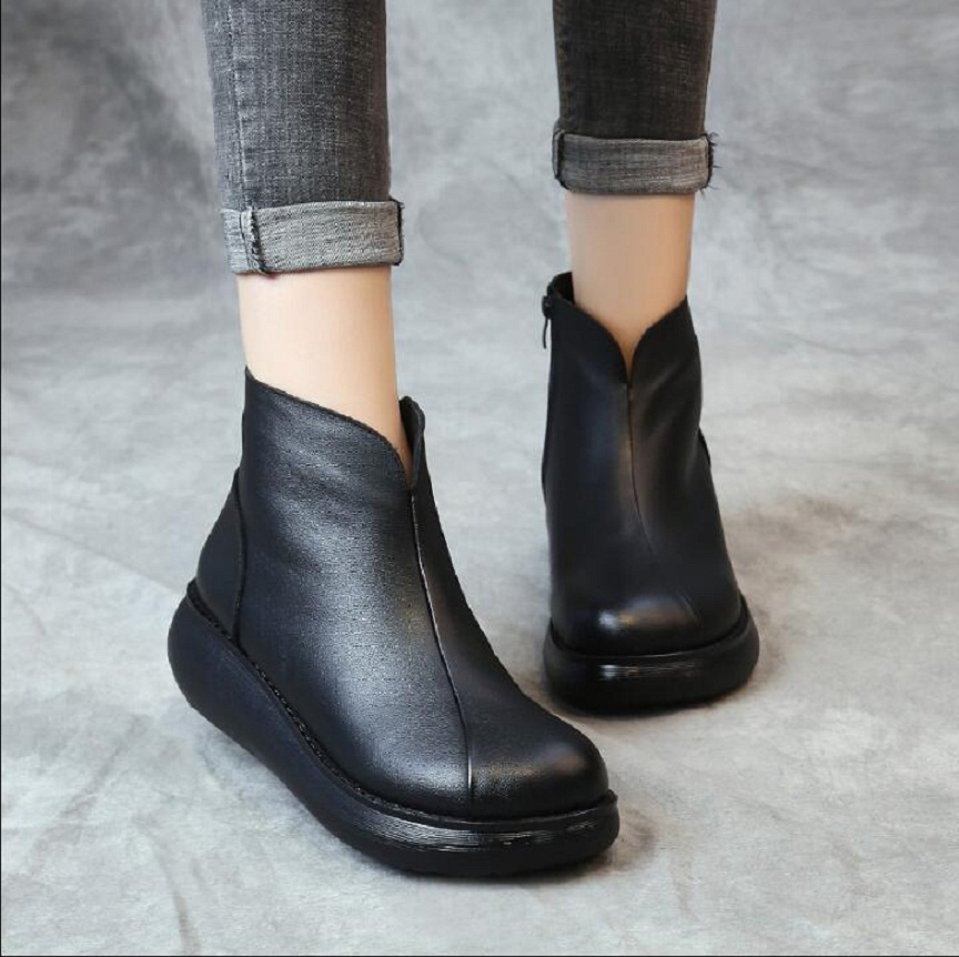 RUSHIMAN New Vintage Autumn Round Toe Genuine Leather Wedge Heel Ankle Boots Women Winter Warm Shoes Platform Boots For Women