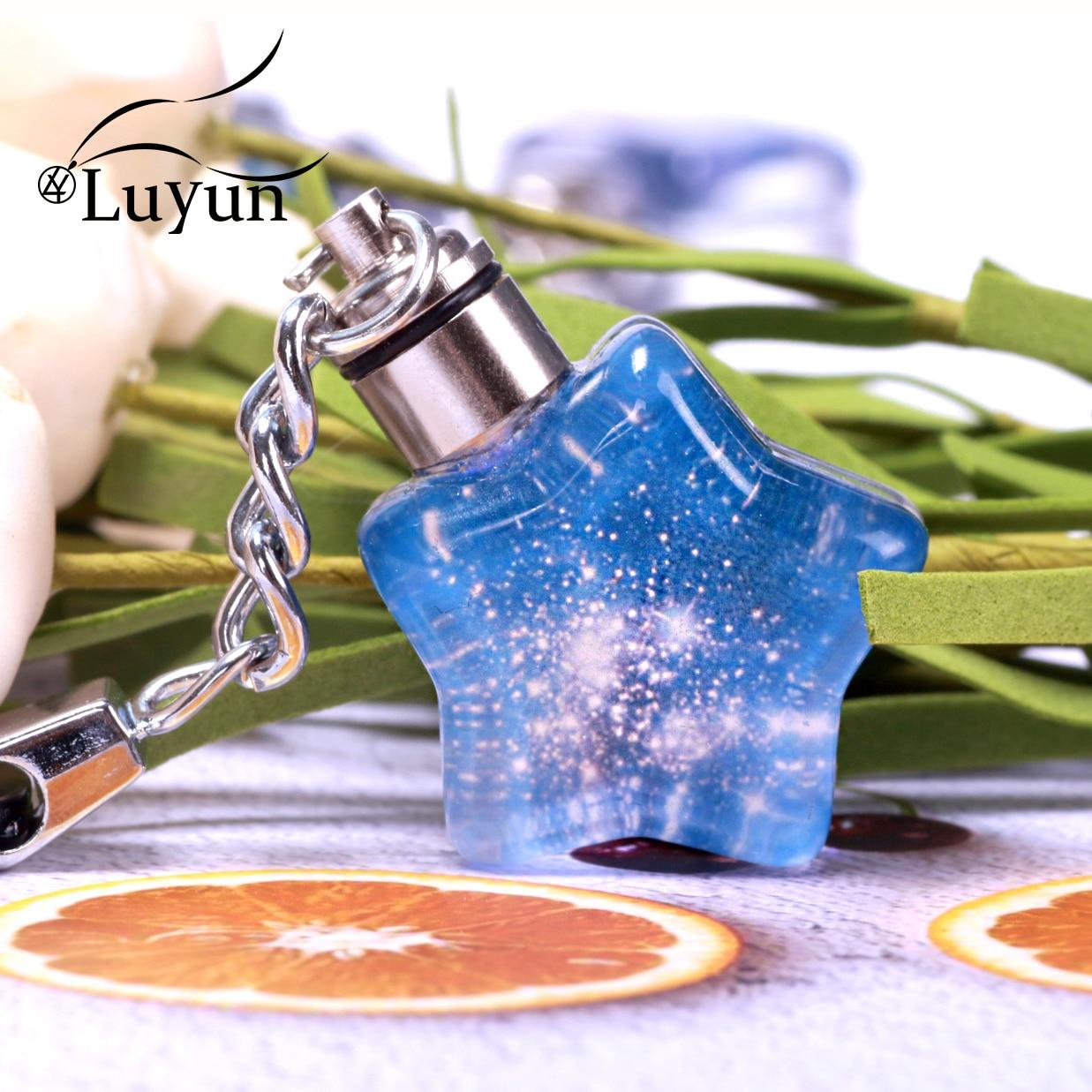 Luyun Creative Star KeyChain Glowing Jewelry Crystal Glass Key Chain Wholesale Free Shipping