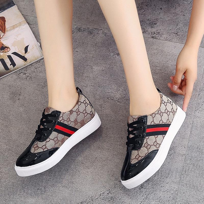 PU Lace-up Ladies Shoes Comfortable Flat Shoes Women Casual Vulcanized Shoes Lace-up Sneakers Women Flats Autumn Women Shoes NEW