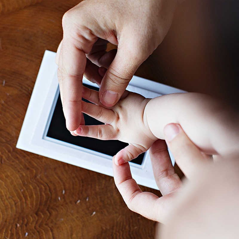 DIY Baby Items Souvenir Newborn Baby Safe Ink Pad 4.92*3.15in Inkless Touch Foot Hand Print Photo Frame Touch Ink Pad Memories