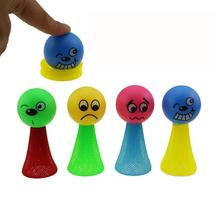 Komik renkli eğitici oyuncaklar sinek adam Jump sıçrama Elf oyuncaklar çocuklar hediye