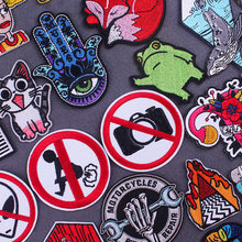 Cartoon Frog Patches On Clothes Hippie Stickers Iron On Embroidered Patches For Clothes Applique Badge Animal Stripes Patch