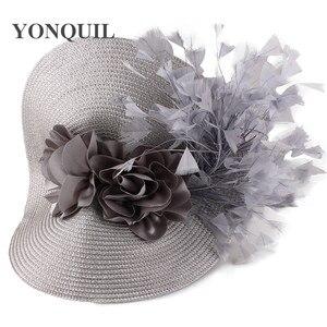 Image 2 - Imitação de palha grande derby fascinator chapéu agradável flor headpiece bandana com fantasia pena corrida acessórios para o cabelo clipe de cabelo