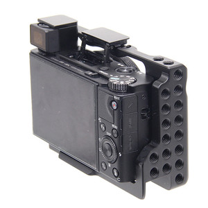 Image 2 - Aluminum Alloy Camera Cage Protective Case for Sony RX100 M7 VII 7 Quick Release Plate Stabilizer Adapter w/ 1/4 Thread Holes