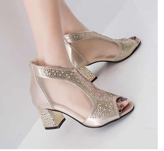 2019 kadın düğün ayakkabı yarım çizmeler sandalet açık burunlu yüksek topuklu ayakkabı elbise ayakkabı Bling sandalet pompa gümüş altın sandalet