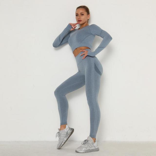 sleek yoga/workout wear 3