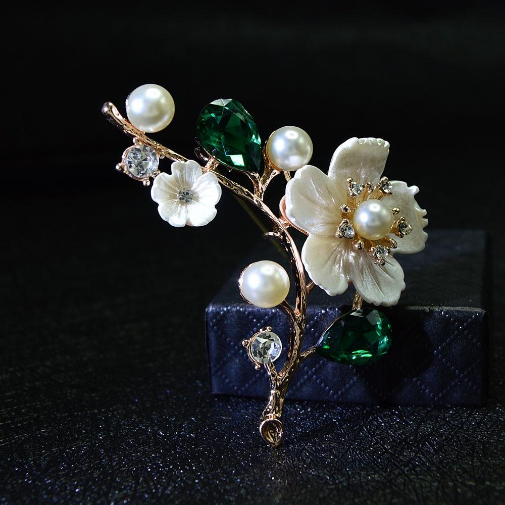 CINDY XIANG kabuk ve inci çiçek broş kadınlar için zarif moda Pin kırmızı kristal broş düğün takısı yüksek kaliteli