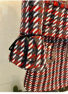 Image 5 - Ensemble élégant en Tweed en Plaid 2 pièces pour femmes, manteau à manches évasées, boutons avec perles, taille haute, Mini jupe en laine, collection automne hiver 2019