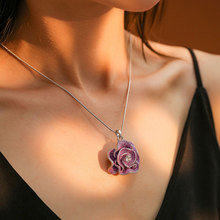Viennois Fashion Three Color Stud Earrings Rhinestone Flower Pendent Necklace Jewelry Set For Women Metal Party Jewelry Set недорого
