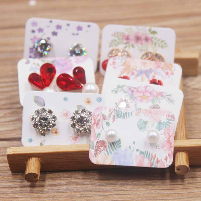 50pcs 3.5*2.5cm Flower Pattern Small Earring Paper Package Card Handmad Elegant Stud Earring Card White Kraft Paper Jewelry Card