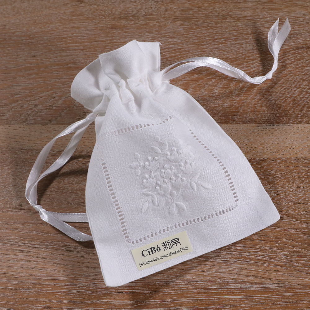 B023:1piece White Linen Cotton  Embroidery  Gift Sachet Bags Travel Storage Pouch Drawstring Bags