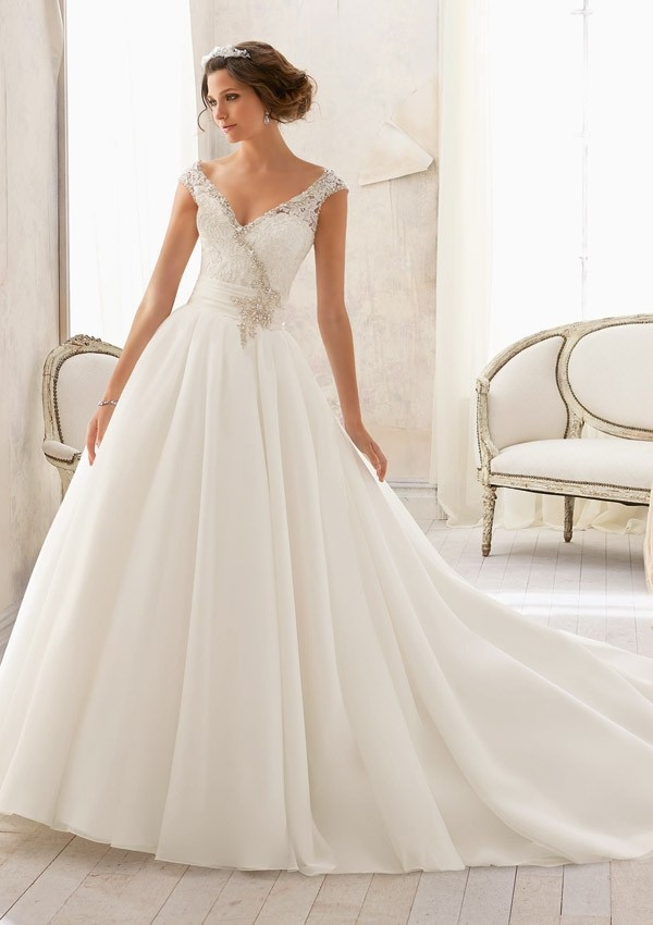 Brautkleider 2015 Cap Sleeve Wedding Gowns Lace V-neck Wedding Dresses Bridal Gown Sexy Backless 2015 Vestido De Noiva Longo