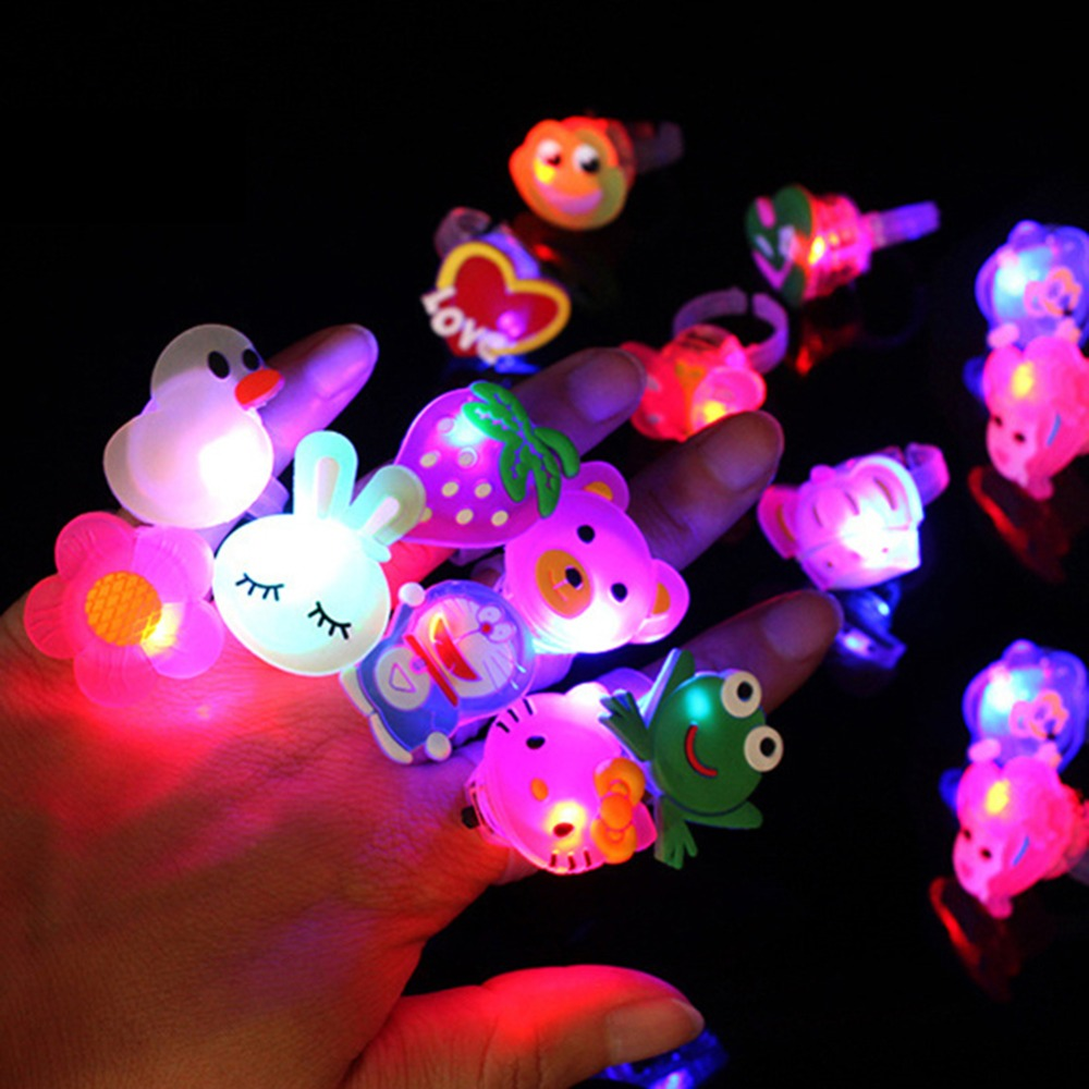 Stars Shine In The Dark Kids 5pc/set Luminous Rings New Children's Toys Flash LED Cartoon Lights Glow In The Dark Toys For Kid E