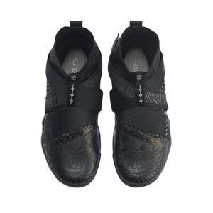 Image 5 - Li Ning الرجال الحارس 4.0 المهنية أحذية كرة الريشة وسادة خفيفة رغوة بطانة سحابة أحذية رياضية يمكن ارتداؤها أحذية رياضية AYAP015 JAS19
