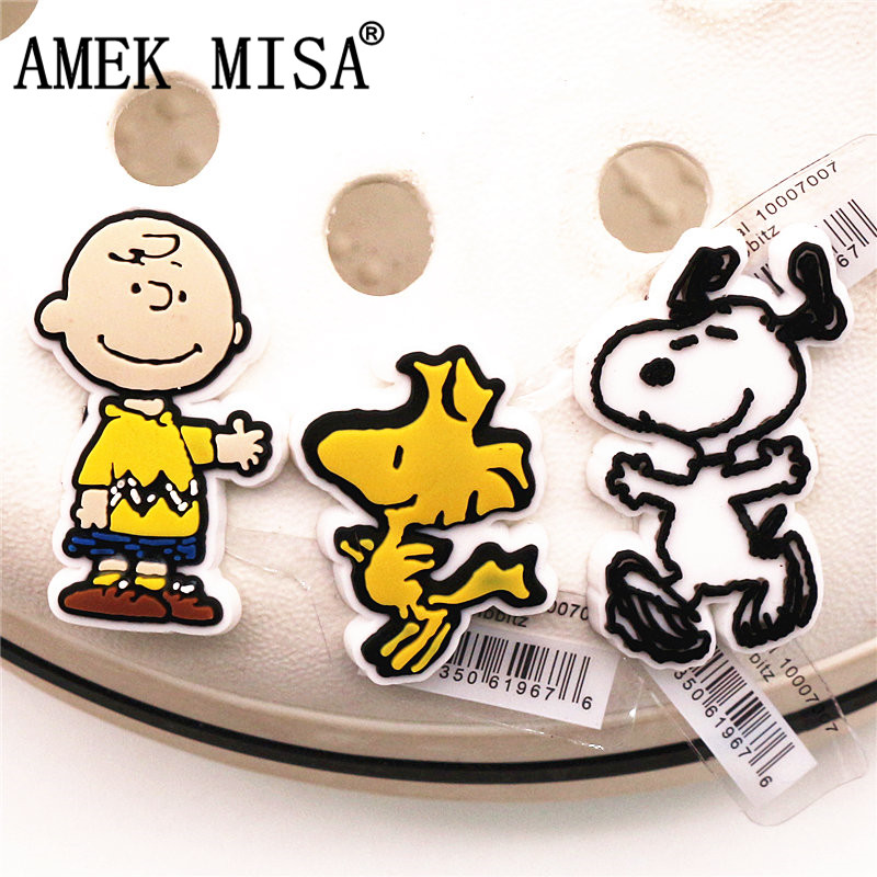 High Imitation Cartoon White Dog Shoe Charms Accessories Original Cute Garden Shoe Sandals Decoration For Jibz Kids Party Gifts