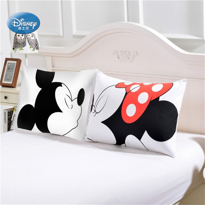 conew_minnie and mickey pillowcases (8)