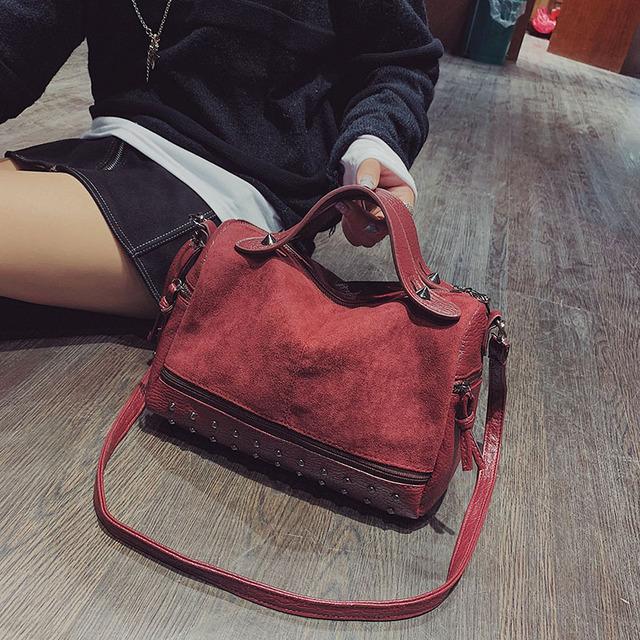 HongKong wind big bag female 2020 autumn new frosted hand bill of lading shoulder bag personality rivet messenger bag Boston bag
