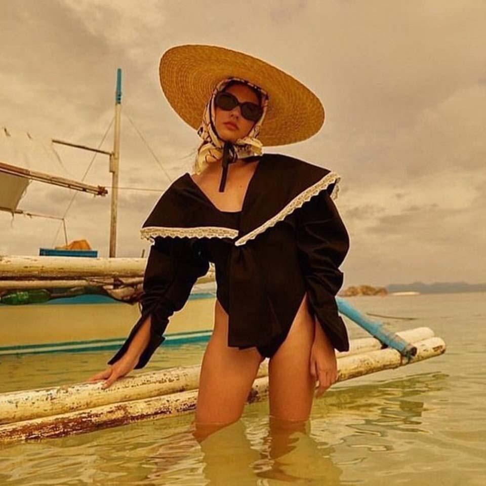 Women Raffia Wide Brim Boater Hat 15cm 18cm Brim Straw Hat Flat Women Summer With White Black Ribbon Tie Sun Hat Beach Cap