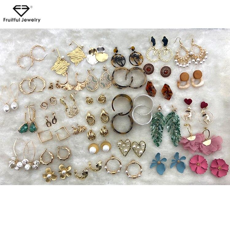 Fruitful Fashion Water Drop Shape Charm Drop Earrings For Women Gifts Gold Color Jewelry Temperament Simple Pearl Ear Hook