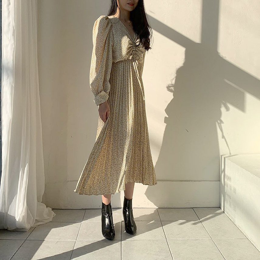 Ha830f63b68914c32b88afa437ce69ba4I - Autumn V-Neck Long Sleeves Floral Print Pleated Midi Dress