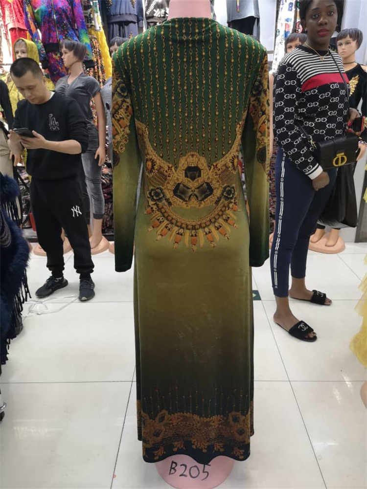 الطبعة الجديدة من flannelette لباس المرأة في أفريقيا في عام 2109