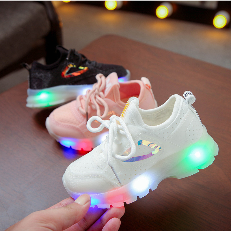 Lace Up Fashion Baby Boys Girls Shoes LED Lighting Up Baby Infant Tennis Leisure Hot Sales Kids Sneakers Cute Children Shoes