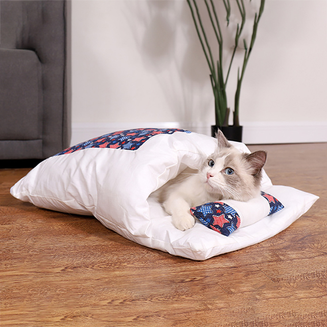 Japanese Cat Bed Winter Removable Warm Cat Sleeping Bag Deep Sleep Pet Dog Bed House Cats Nest Cushion with pillow 2