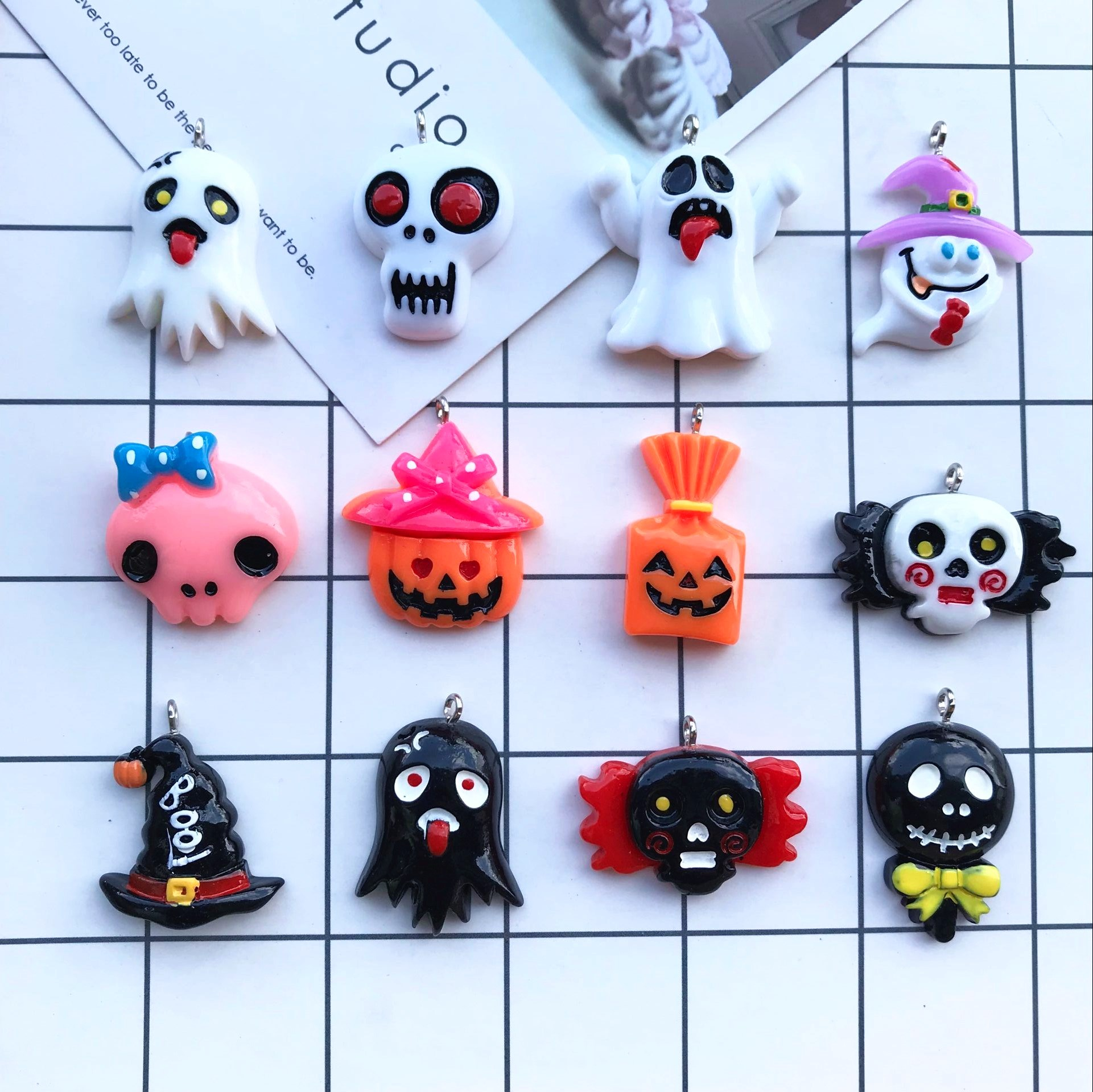 Saints/' Day Bat Pumpkin Ghost Moon Pentagram Resin Jewelry Making Silicone Mold