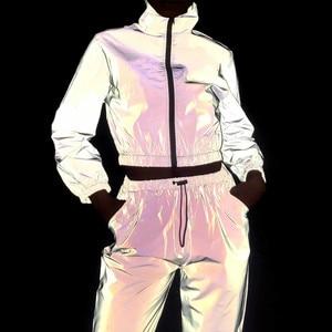 Image 1 - Conjunto de chándal de 2 piezas para mujer, pantalón corto reflectante de Hip Hop, chaqueta holgada con cremallera, conjunto de abrigo a juego de talla grande