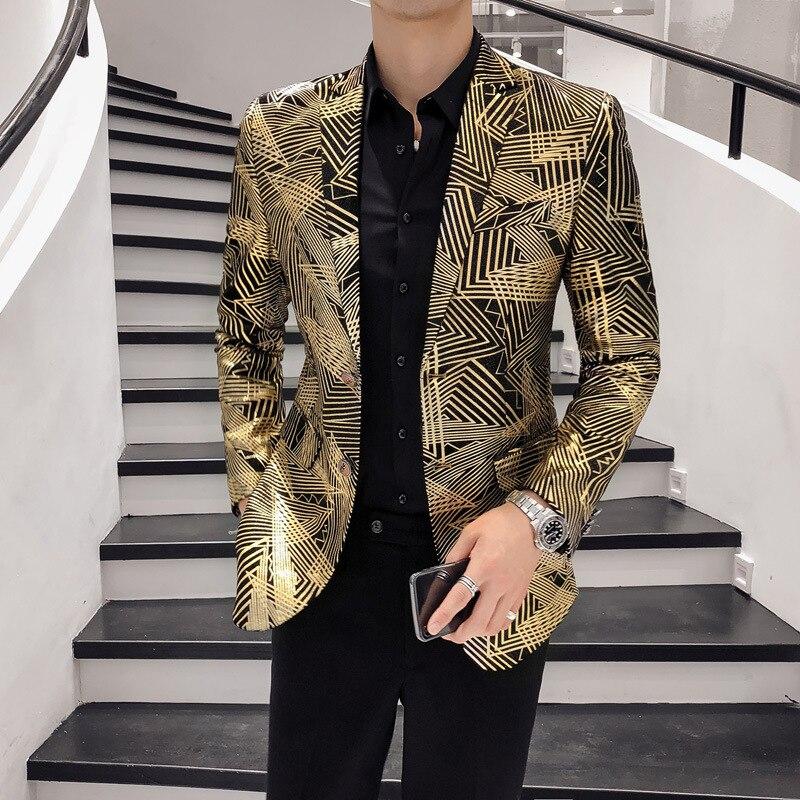 男性ブレザー豪華ゴールドストライププリントビジネスカジュアルブレザースリムフィット男性ブレザースーツ歌手ウェディングジャケット Hombre プラスサイズ 5xl