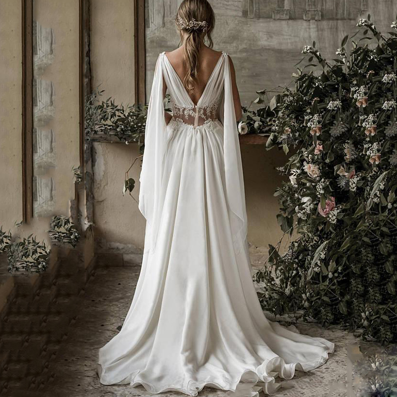 2019 Boho Beach Wedding Dresses A Line V Neck Sleeveless Sweep Train Bridal Gowns Applique Chiffon Backless Plus Size