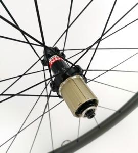 Image 5 - 700C 38mm depth road bike carbon wheels 25mm width clincher/Tubular bicycle Ultra light carbon wheelset UD matte finish