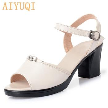 цена AIYUQI Women's Sandals High Heel 2020 New Summer Women's Fashion Sandals Thick Heel Open Heel Roman Sandals Ladies онлайн в 2017 году