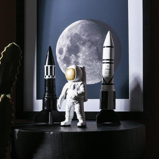 Simple Modern Resin Astronaut Space Model Study Creative Crafts Home Decoration Space Shuttle Missile Model Desktop Decoration 2