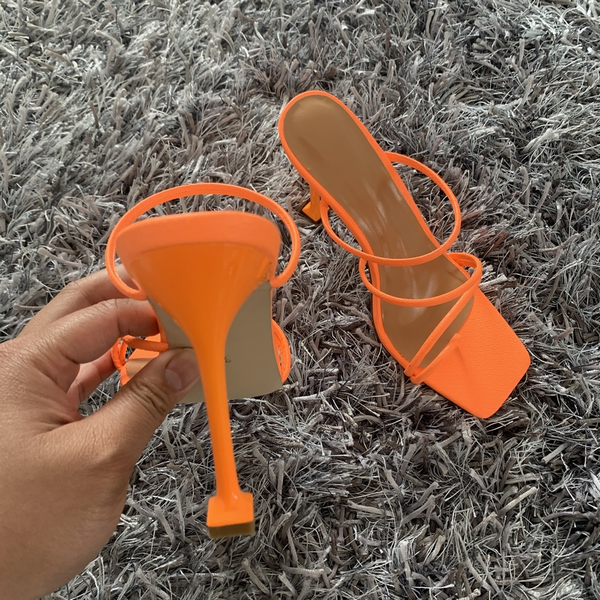 2020 Summer Pumps Sexy snake print Slippers Sandals Shoes Women Thin High Heels Square Toe Sandal Lady Pump Shoes Mules 6